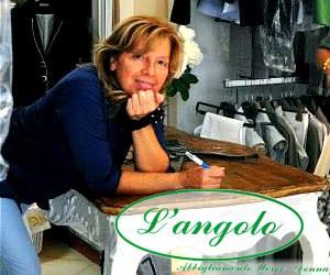 Inaugurazione rinnovo locali negozio L'Angolo di Piera a Barga