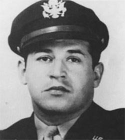 9 agosto 1945, Nagasaki: di origini lucchesi <br>il co-pilota dell'aereo che sganciò la bomba