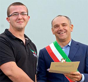 Festa dell'Aria: il pilota più giovane vince la gara delle mongolfiere