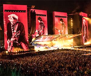 """Lucca, 60mila in delirio per i """"Rolling Stones"""". Commenti e valutazioni"""