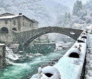 Immagini della neve in Val di Serchio